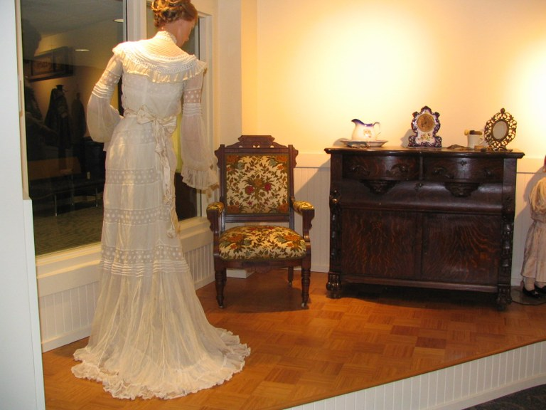Heritage_Room_Bride.jpg